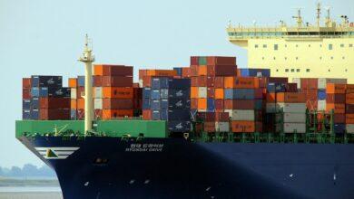 Photo of Terminal de Meishan, no porto de Ningbo, é reaberto na China, mas logística ainda preocupa